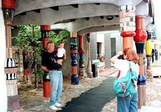Openbare toiletten trekken toeristen - Toiletten versieren ...