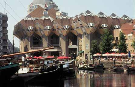 http://krant.telegraaf.nl/krant/enverder/venster/reizen/fotos/reis.971122rdam.kubuswoning.jpg
